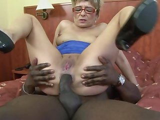 Dirty mature blonde Jessey drops on her knees be proper of a black dick