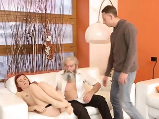 Daddy sting his father came closer to her with the addition of embarked to