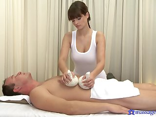 Masseuse wants cock in her gorgeous little pussy