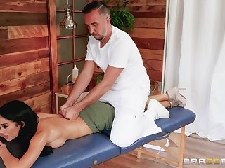 Man apropos fucks this hot brunette after giving her a soft massage