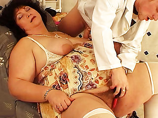 big wed fucked by her hairdresser