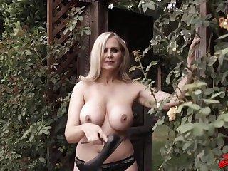 Hot MILF Julia Ann amazing porn pellicle