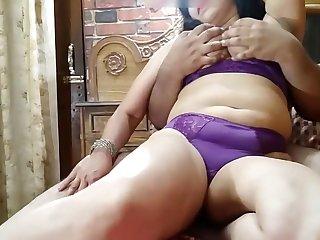 Big Tits And Big Pair Indain Bhabhi Loudly Fuck With Dirty Hindi Audio