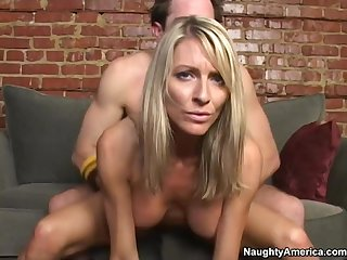 My Friends Old lady Rides my Gumshoe as Reverse Cowgirl - Emma starr