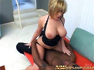 big boobs kermis milf mouth fucked with cumshot