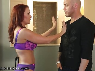 Hardcore Massage Masseuse Janet Mason Legalize honours Him After Getting Her Out Of A catch Box - Pornstar