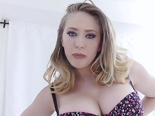 Kagney Linn Karter masturbates using her fingers together with a dirty mind