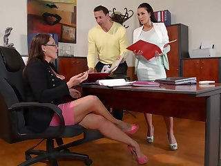 Laura Orsolya and Patty Michova - Hot 3Some Porn