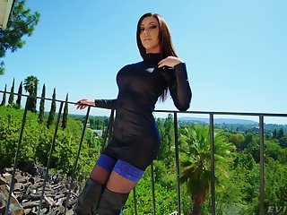 Anal-insane harpy Karma Rx gets a mouthful of cum after Homeric anal fuck