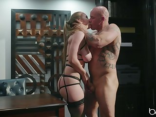 Magnificent porn scenes with a MILF affectionate towards cock