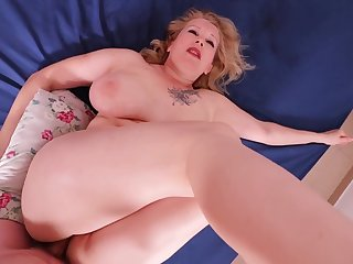 Obese ass MILF painal. She lost and was painfully fucked in her thick ass.